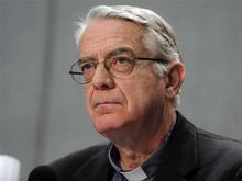 Vaticano all'attacco: nozze gay? Allora sì anche a poligamia