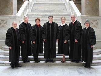 La Corte Suprema dell'Alabama blocca i matrimoni egualitari
