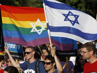 Un terzo dei giovani israeliani sono bisessuali