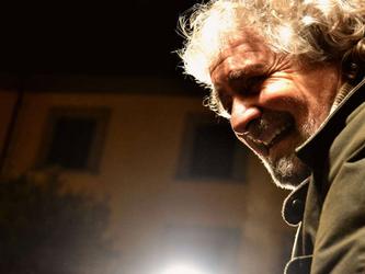 Beppe Grillo: libertà di coscienza su unioni civili. Addio stepchild?