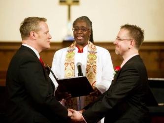 I+vescovi%2C+il+Sinodo%2C+le+coppie+gay+e+il+tripudio+collettivo