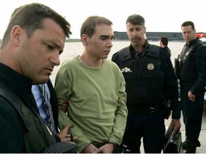 Luka Rocco Magnotta al momento dell'arresto