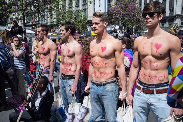 Por que los gays estan mal