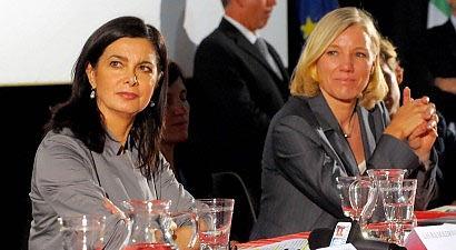 Laura Boldrini (a sinistra) e Josefa Idem (a destra)