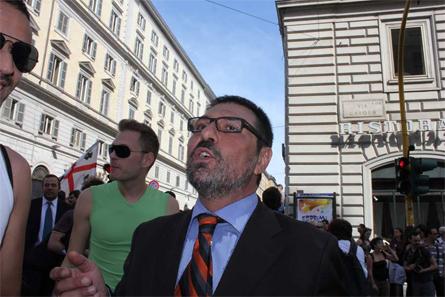 Stefano Campagna all'Europride di Roma nel 2011