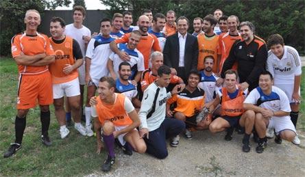 Il C.T. della Nazionare Prandelli con la squadra Revolution Soccer Team alla II Finocchiona Cup