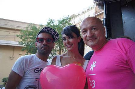 Flavio Romani al Palermo Pride 2013 con Maria Grazia Cucinotta