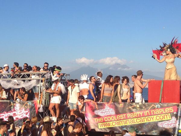 NapoliPride-twitter-TrinacriaNapoli
