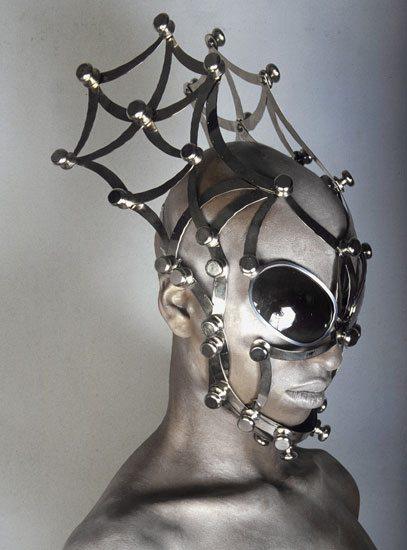 I gioielli per la faccia di Manuel Albarran
