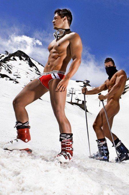 Es affronta il freddo in underwear