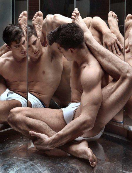 Antonio Anuk, modello flessibile