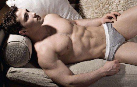 Dai locali gay a New York: le notti insonni di Damiano