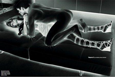 Modelli a nudo, la moda vista ai raggi X