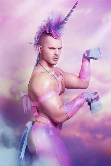 Finalmente arriva David, sexy-unicorno di Exterface