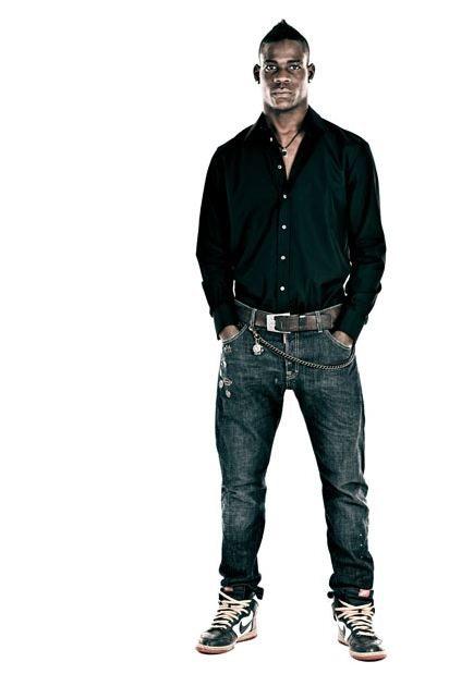 Mario Balotelli, la bellezza nera del calcio italiano