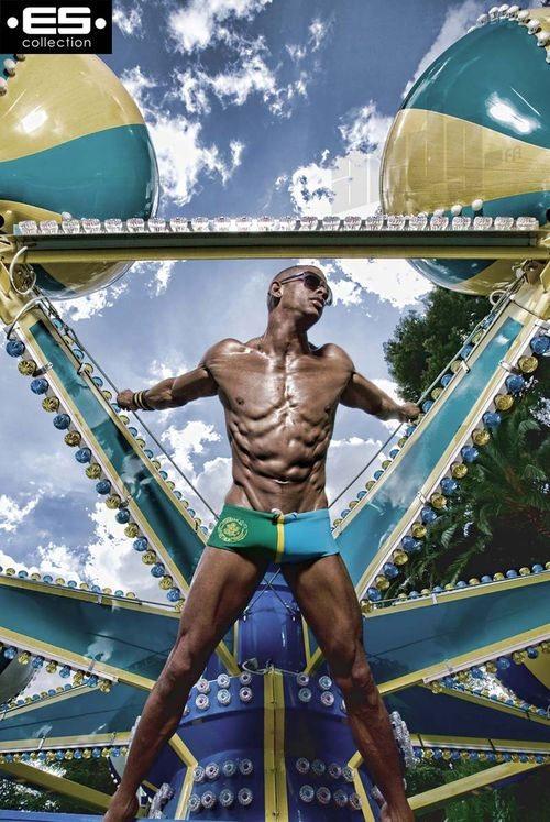 David Costa è la star della nuova ES Collection Swimwear