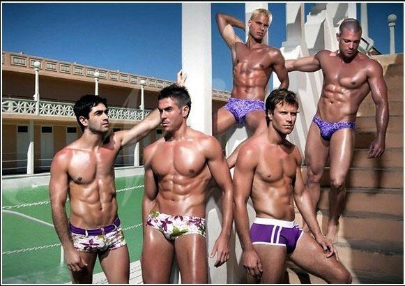 Fine d'anno hot con i modelli della collezione Narciso
