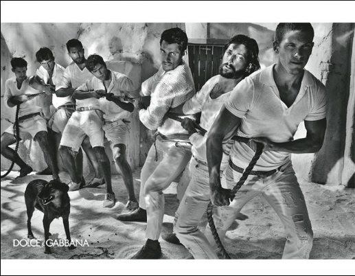 Maschi in Black&White per la Primavera Estate 2011 di D&G