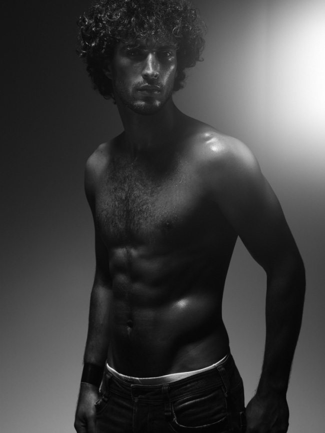 Thyago Alves, il bello dell'Isola dei Famosi 8