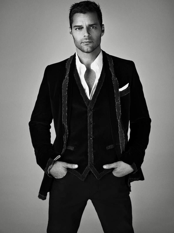 Le foto di Ricky Martin nel back stage di Musica Alma Sexo