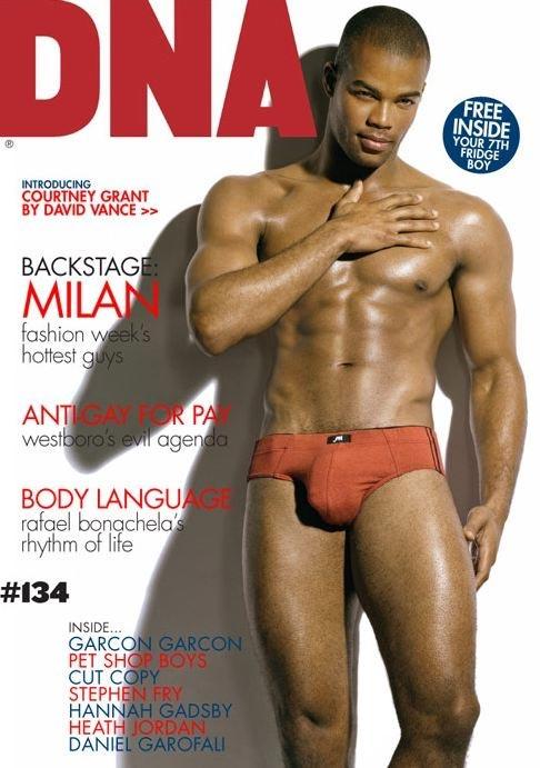 Courtney, modello gay, a nudo su DNA