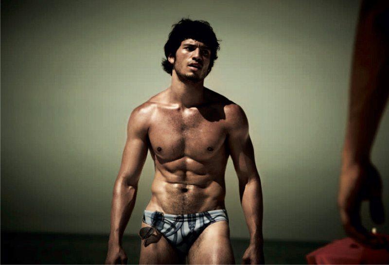 Posto 7 Ipanema, corpi brasiliani in mostra per Numéro Homme