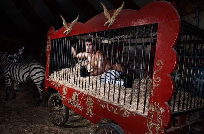 Il circo dei peccatori secondo Justin Monroe
