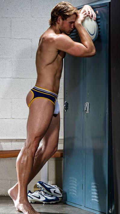 Timoteo e l'underwear dentro gli spogliatoi del rugby