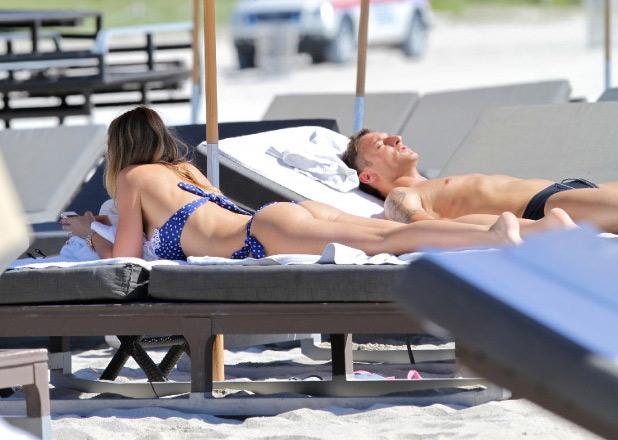 Totti paparazzato sulle spiagge di Miami