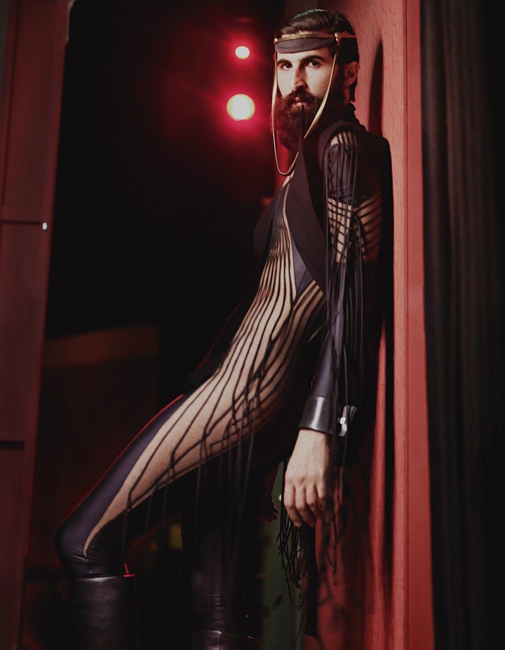 The Bartist: fantasie fetish sul set di HORST