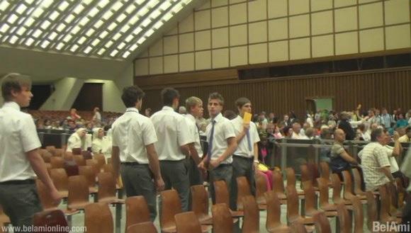 Foto: gli attori Bel Ami in Vaticano per il film scandalo