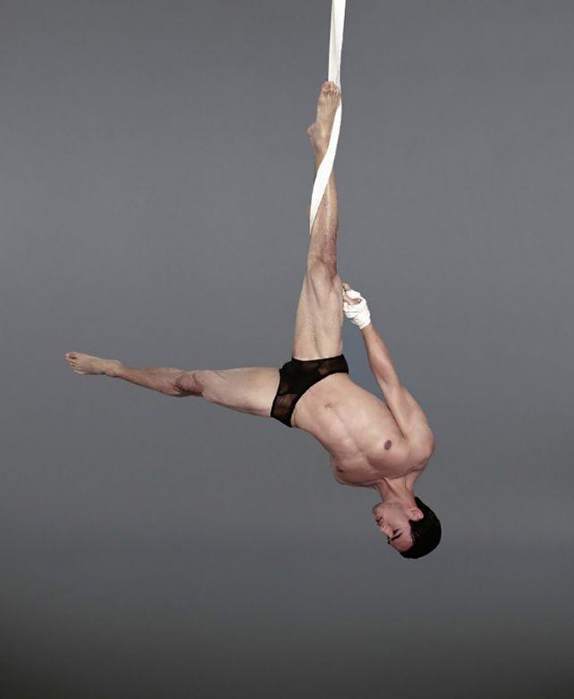 I cinque modelli acrobati di Madmen Magazine