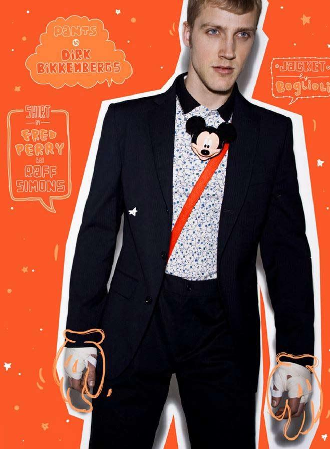 Seth Kuhlmann diventa un sexy Topolino per il magazine Adon