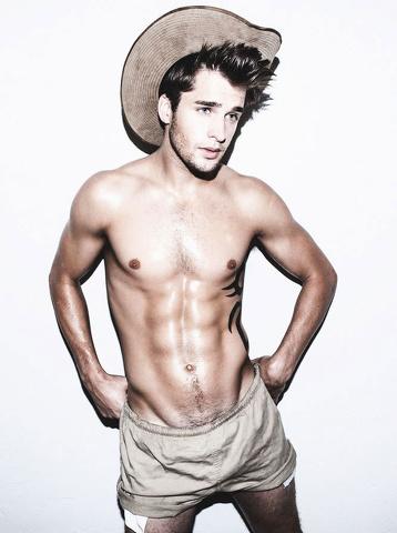 I sexy cowboys del fotografo Leonardo Corredor