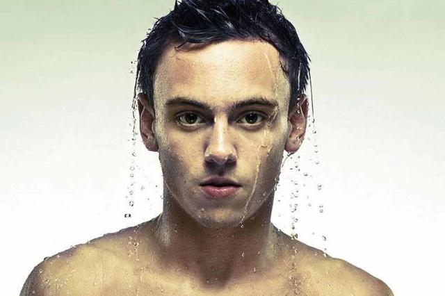 Tom Daley ha compiuto 19 anni: eccolo sexy, tenero e atletico
