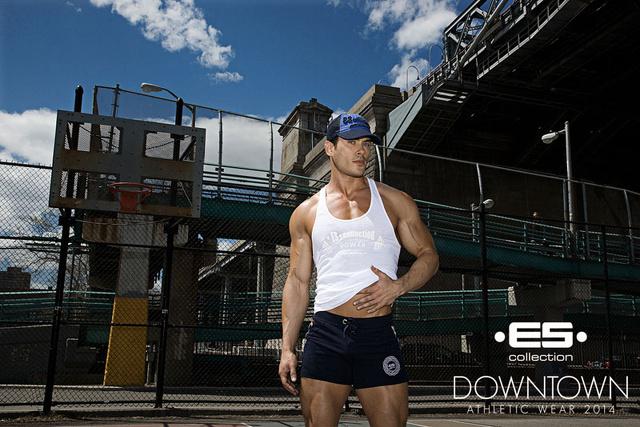 ES Collection e l'allenamento in pantaloncini nella Grande Mela