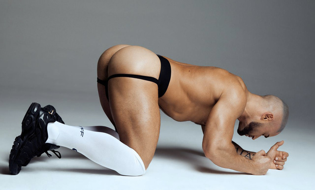 François Sagat e gli scatti fetish in sportswear
