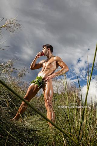 Miguel Ortiz, Mr. Gay Europe 2012, nudo per Joan Crisol