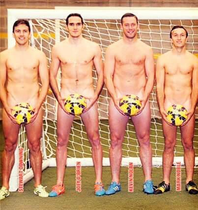 I giocatori del West Ham completamente nudi sul The Sun