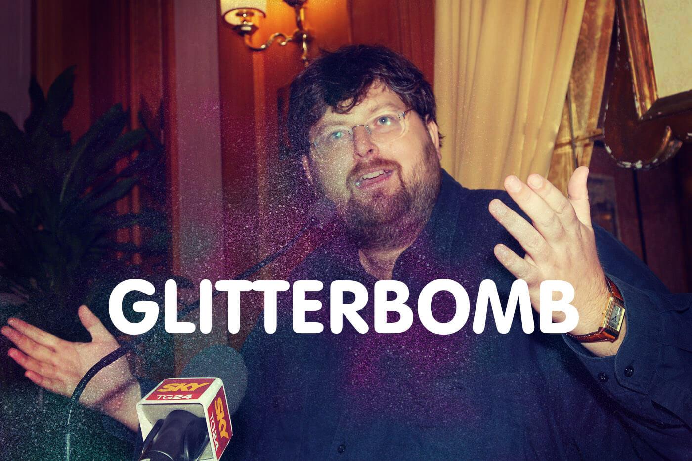 Glitterbomb su prenotazione: come spedire una bomba glitter a Adinolfi