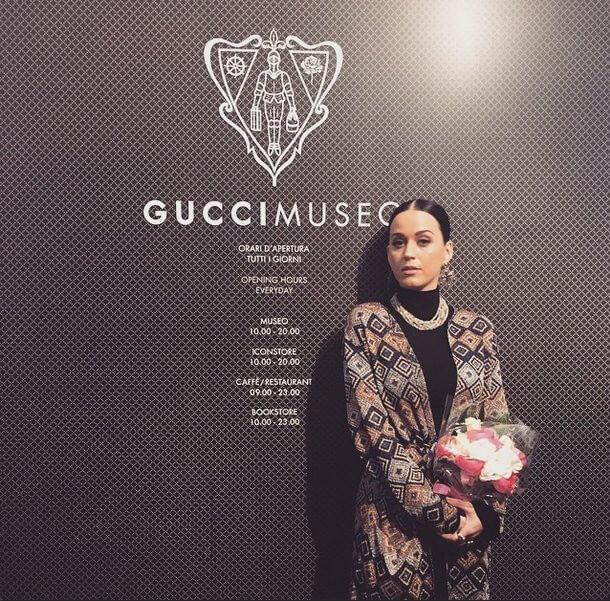 L'incontro tra Katy Perry e i monumenti italiani è...