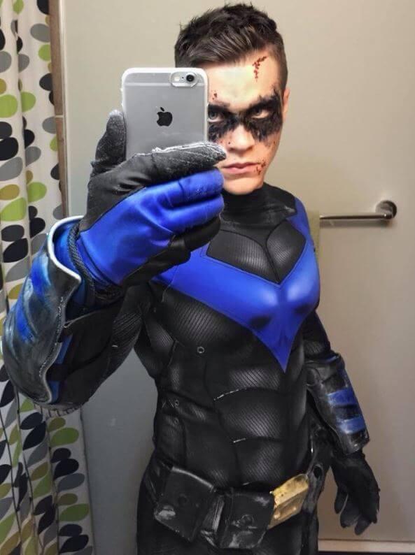 Amate il cosplay? Allora non potete perdervi questo ragazzo