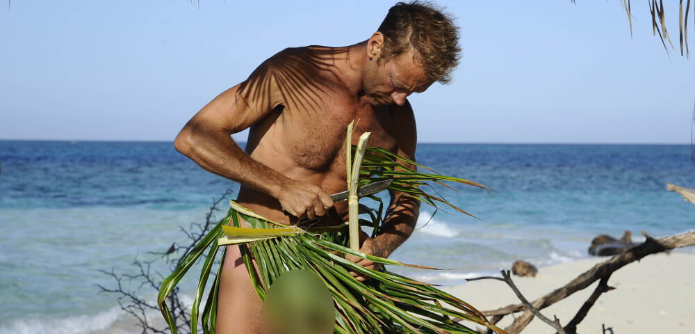 Isola dei famosi: Rocco Siffredi si ustiona il pene a Playa Desnuda