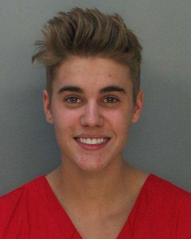 Justin Bieber a Roma: la polizia lo interroga. Ecco cosa rischia