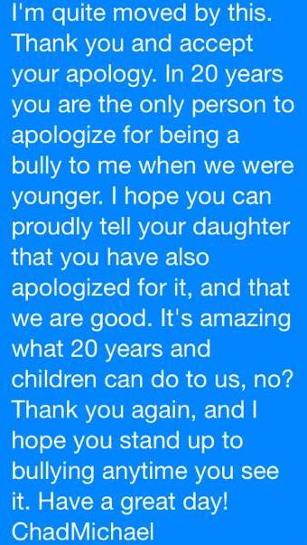 Bullizzava un ragazzo gay a scuola. 20 anni dopo gli chiede scusa così