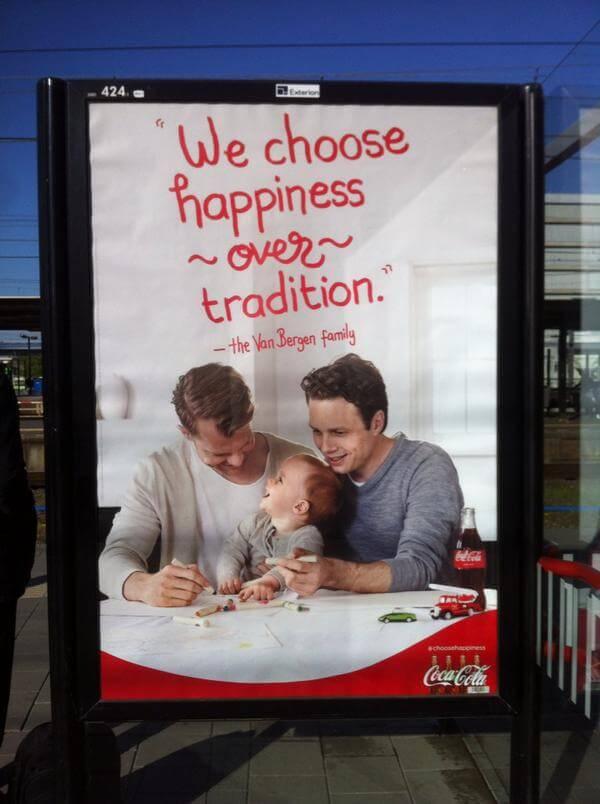 Coca-Cola, pubblicità con due padri: