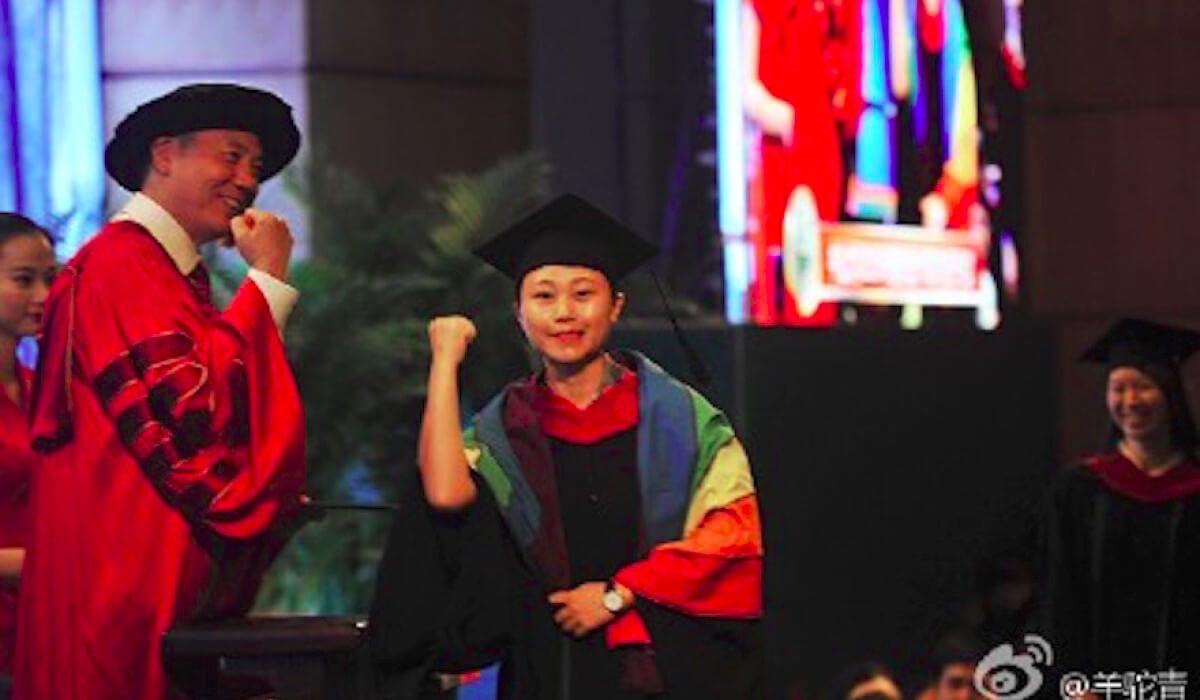 Il coming out durante la laurea di una lesbica cinese