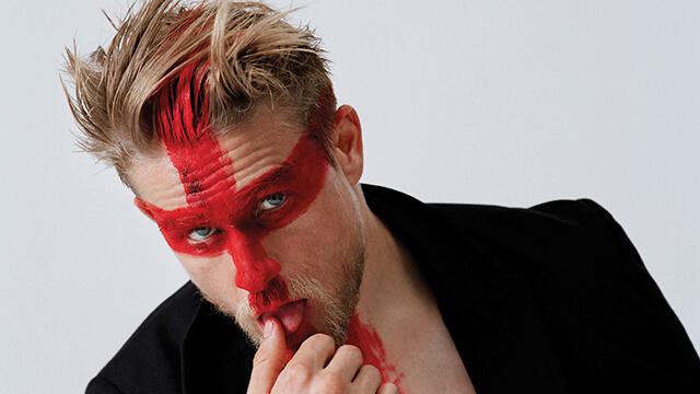 Charlie Hunnam: l'attore sexy che rinunciò al ruolo di Christian Grey