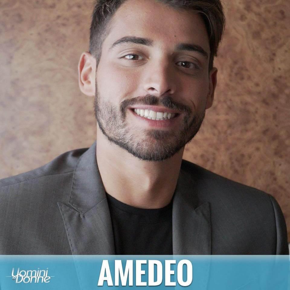 Uomini e Donne: coming out in diretta per Amedeo Barbato?