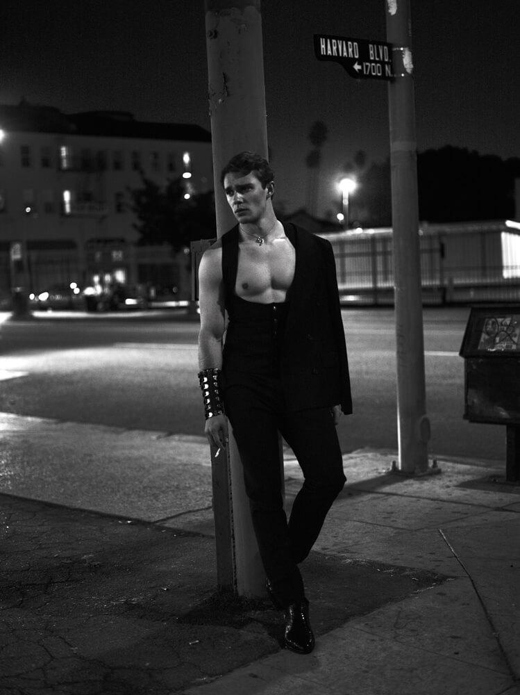 La carica erotica degli escort su Interview
